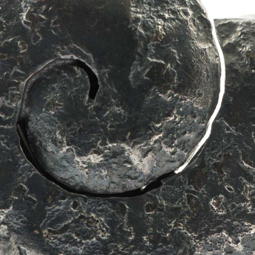anello nautilus brunito lucidato  dettaglio